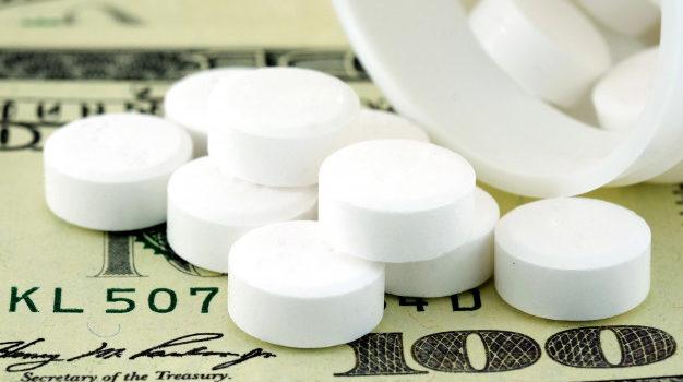 Москвичи смогут купить лекарства в кредит